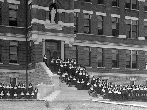 A photo from 1904 shows the Motherhouse staircase as it was originally designed.